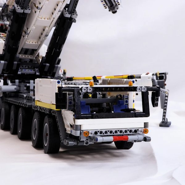MOC 20920 Super Vehicle Technic RC Liebherr LTM11200 designer Jeroen Ottens 3 - MOC FACTORY