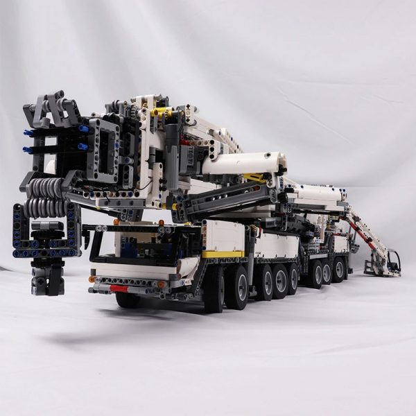 MOC 20920 Super Vehicle Technic RC Liebherr LTM11200 designer Jeroen Ottens - MOC FACTORY