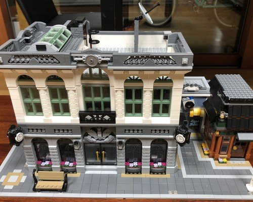 moc 10811 brick bank with coffee shop block set moc factory 5 - MOC FACTORY