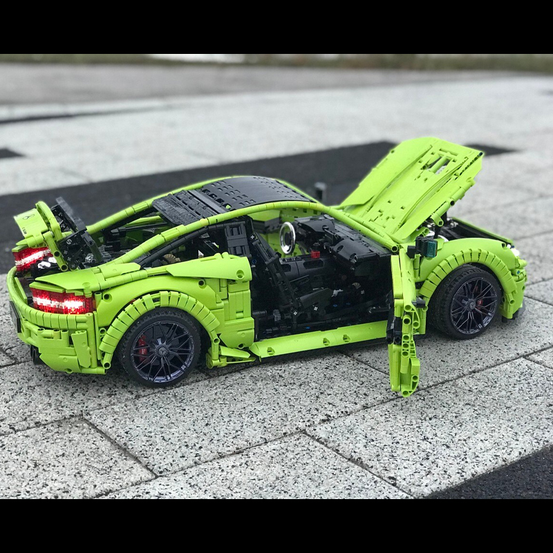 MOC 60193 Mercedes Benz C63 AMG Technic by Loxlego MOC FACTORY 5 - MOC FACTORY
