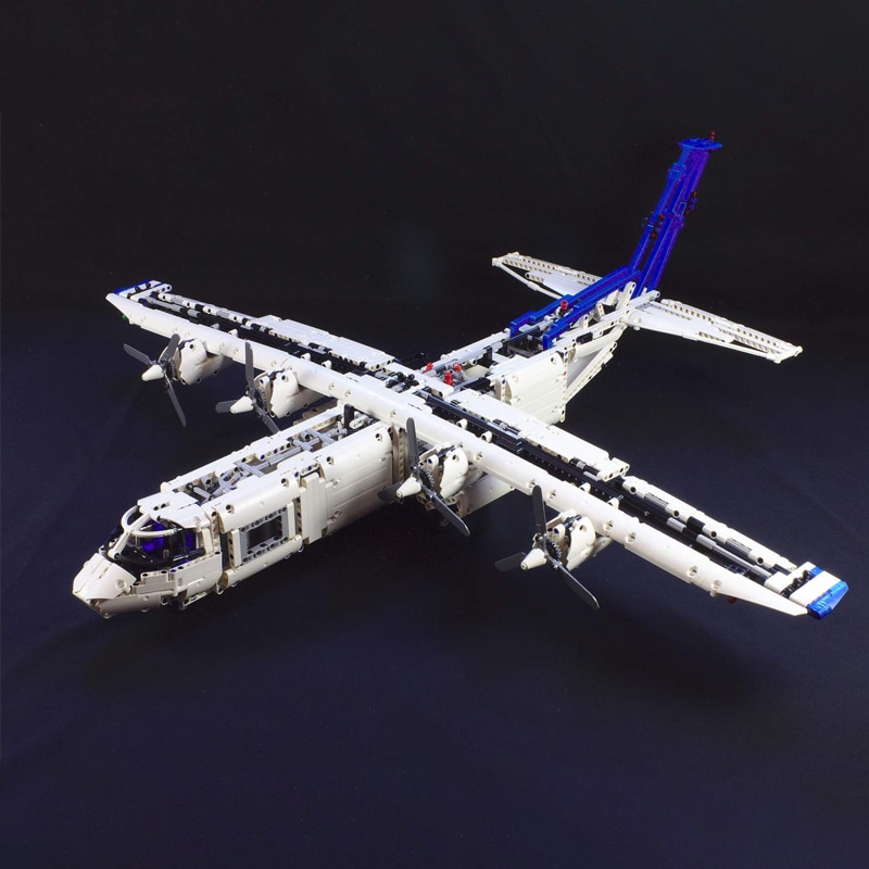MOC 36862 Cargo plane with 4 engines Technic by zz0025 MOC FACTORY 2 - MOC FACTORY
