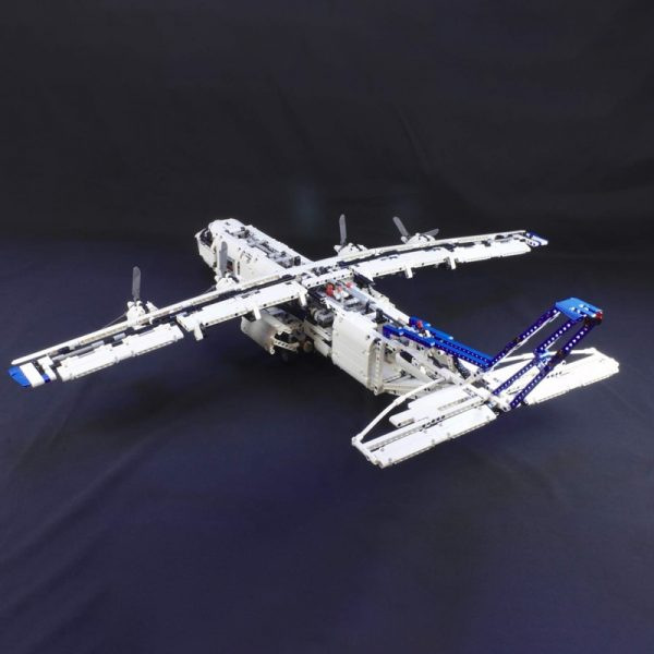 MOC 36862 Cargo plane with 4 engines Technic by zz0025 MOC FACTORY 3 - MOC FACTORY